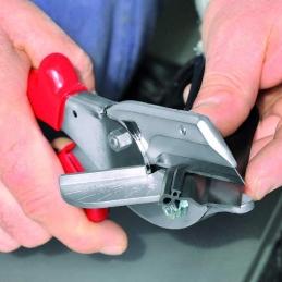 Pince pour coupes obliques pour profilés en plastique et en caoutchouc - 215 mm - KNIPEX